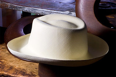 The Blocker Shapes and Styles the Hats — Brent Black Panama Hats 8f646f04e281