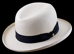 A Homburg with a brim formed on a particular flange