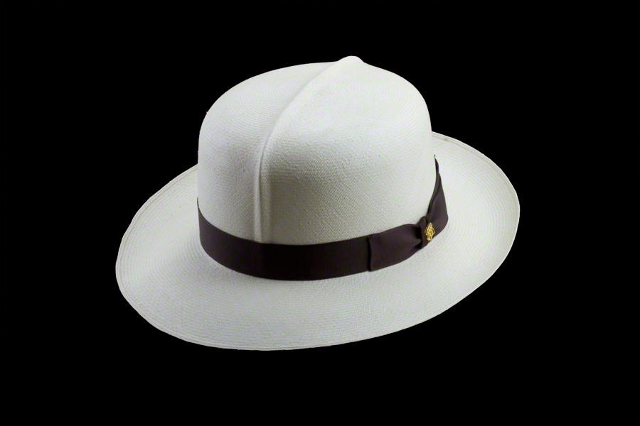... Foldable Montecristi Panama Hat ... 9930f39e819